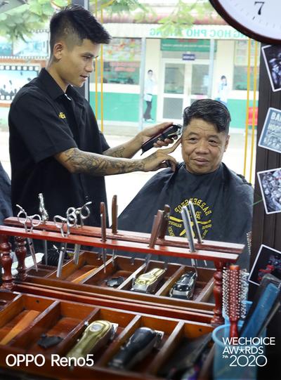"""Người phụ nữ đứng sau chiếc xe cắt tóc tiền tỷ đi khắp Việt Nam gom 10.000 nụ cười gây quỹ: """"Ngày nào ít tiền thì đó là ngày hạnh phúc nhất"""" - Ảnh 6."""
