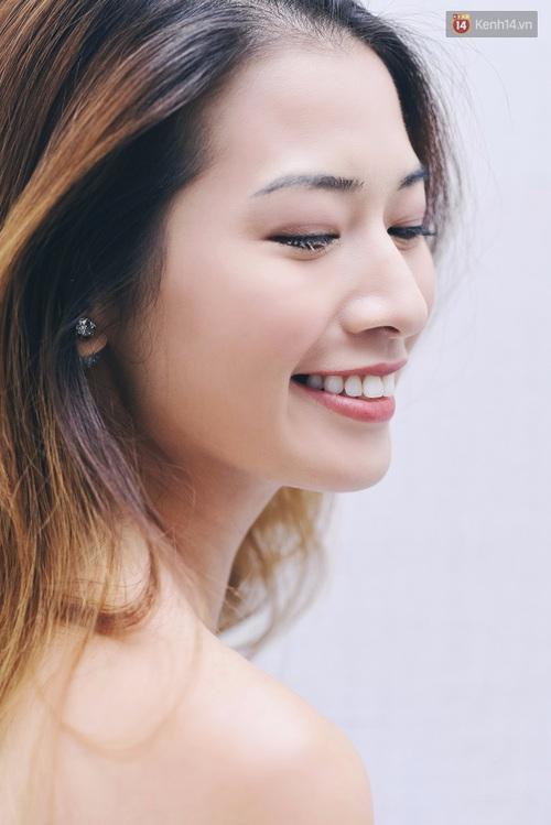 Clip: Cùng blogger Phương Ly khám phá các công dụng và cách dùng mascara thật chuẩn - Ảnh 9.