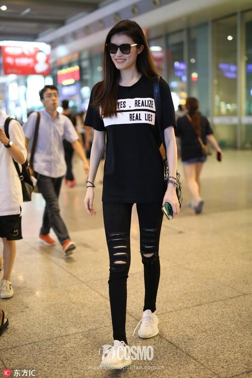 Liu Wen, Sui He, Ming Xi, Xiao Wen Ju: 4 chân dài Victoria's Secret châu Á hóa ra cùng sở hữu style hè đẹp xuất sắc - Ảnh 26.