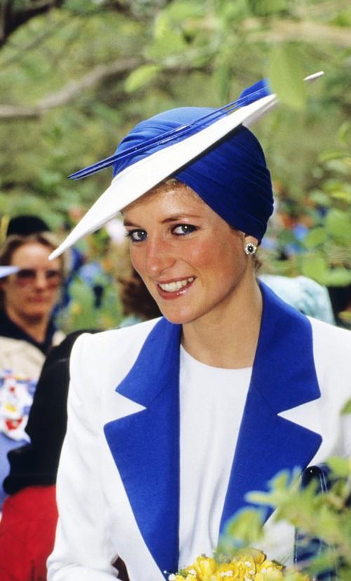 Thú vị: không phải đen hay nâu, công nương Diana chỉ trung thành với đường kẻ mắt màu xanh dương - Ảnh 10.