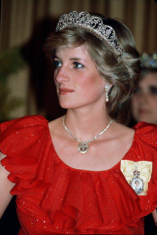 Thú vị: không phải đen hay nâu, công nương Diana chỉ trung thành với đường kẻ mắt màu xanh dương - Ảnh 2.