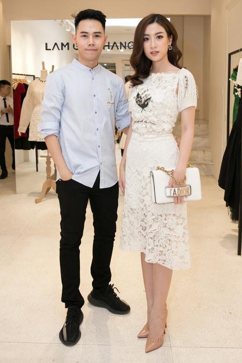 Bộ đôi Hoa hậu Thu Thảo - Mỹ Linh: một chín một mười, xinh đẹp khó rời mắt khi cùng đọ sắc - Ảnh 2.