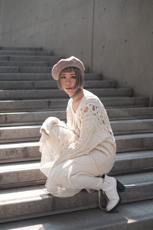 Seoul Fashion Week: Min xinh như gái Hàn, Hoàng Ku mặc áo lông 5kg giá 500 triệu ngồi ghế đầu xem show - Ảnh 9.