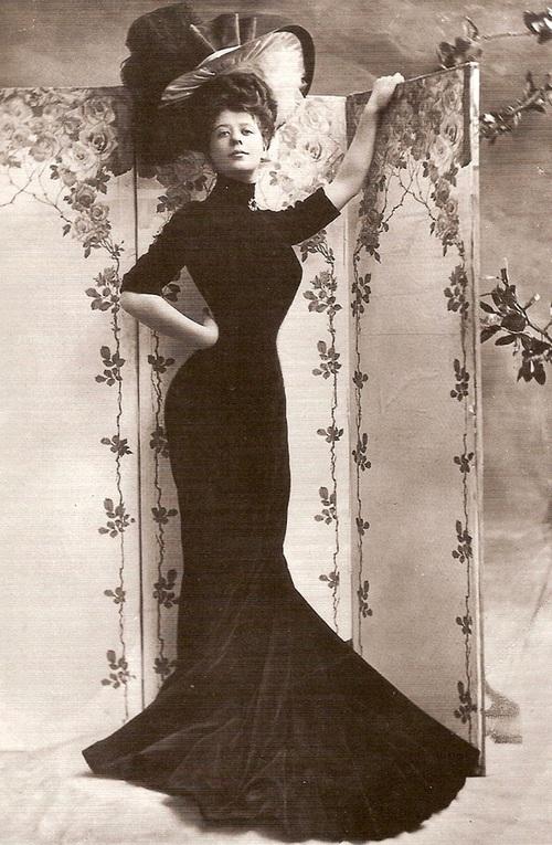 """Hình ảnh dung dị mà đẹp rạng ngời của 13 nàng """"quốc sắc thiên hương"""" từ 100 năm trước - Ảnh 27."""