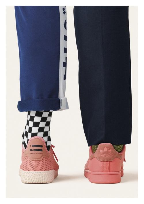 Pharrell Williams và Stan Smith tái hợp cho BST mới toàn tone màu pastel đẹp mê hồn của adidas - Ảnh 7.
