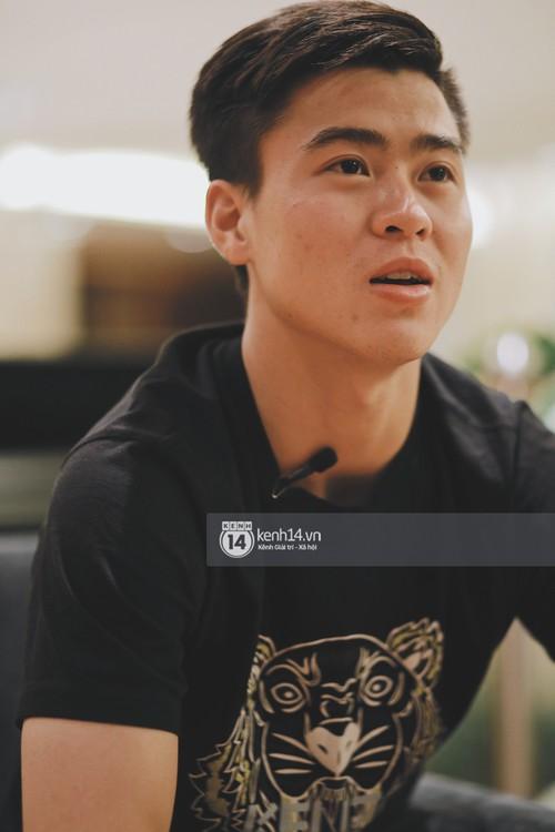 Duy Mạnh U23 Việt Nam: Trong đội chỉ có mình với Hồng Duy bán hàng online, nhưng thật ra là... đăng hộ bạn gái đấy - Ảnh 11.