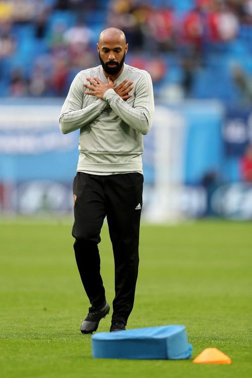 Thierry Henry buồn bã, động viên Hazard đứng dậy sau thất bại - Ảnh 1.