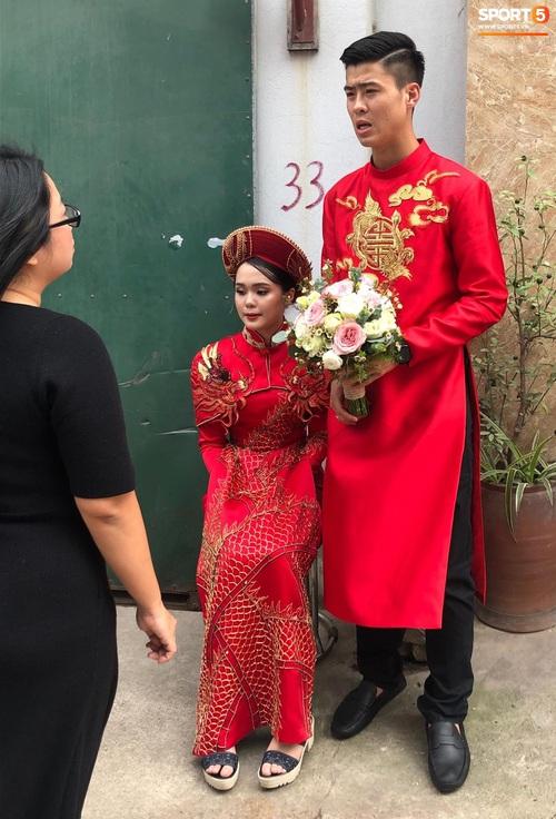 Đám hỏi Duy Mạnh - Quỳnh Anh: Cô dâu chú rể cảm ơn quan khách, kết thúc buổi lễ vất vả nhưng đầy hạnh phúc - Ảnh 11.
