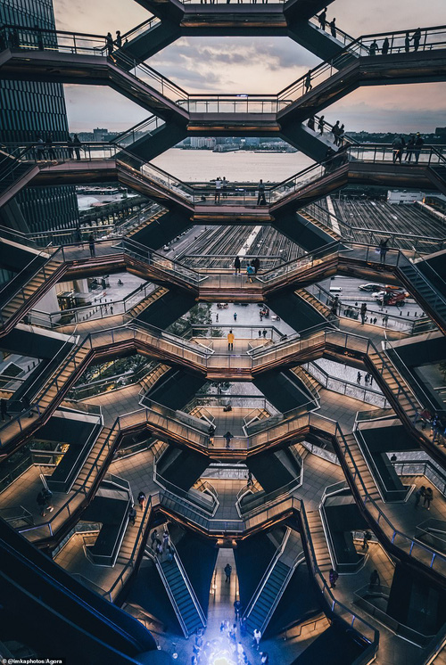 Cầu Vàng vượt qua 10.000 đối thủ giành chiến thắng giải nhiếp ảnh Architecture 2020, một địa danh khác của Việt Nam cũng lọt top đề cử - Ảnh 18.