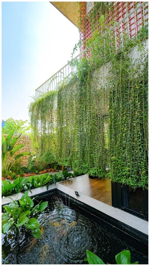 Ở đây có căn biệt thự nhiệt đới ngập cây xanh, bước vào bên trong càng wow hơn nữa vì không gian chill hệt như resort  - Ảnh 4.