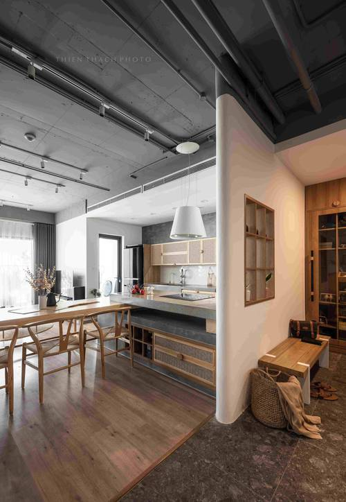 Chi 700 triệu, cặp đôi mang cả đồng quê vào căn hộ 120m2, nhìn bếp mà muốn nấu nướng cả ngày - Ảnh 3.