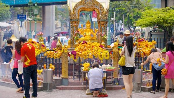 Ý nghĩa to lớn của pho tượng phật bốn mặt Thái Lan