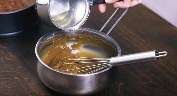 Thơm mát bánh chocolate với mousse cà phê siêu mềm ẩm - Ảnh 10.