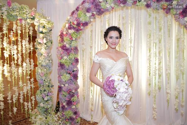 Dàn sao nô nức tham dự lễ cưới của Trang Nhung - Ảnh 1.