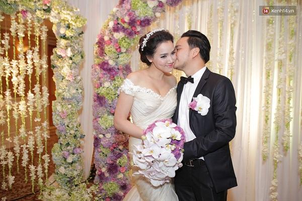Dàn sao nô nức tham dự lễ cưới của Trang Nhung - Ảnh 3.