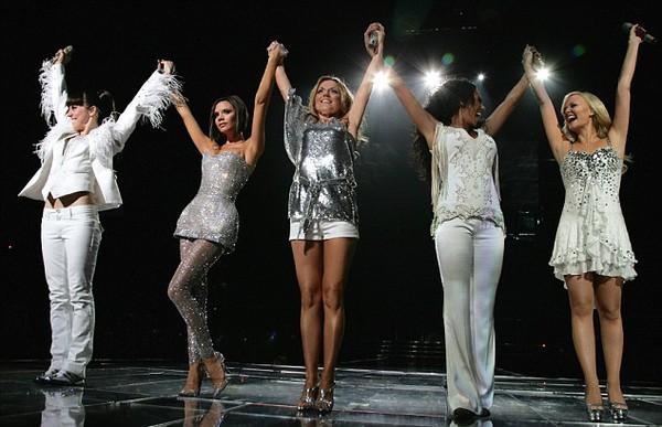 Spice Girls xác nhận tái hợp, Victoria vắng mặt - Ảnh 3.