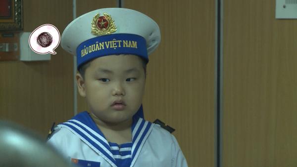 Bố ơi: Các nhóc tì bỡ ngỡ khi chiến đấu cùng các chiến sĩ hải quân - Ảnh 12.
