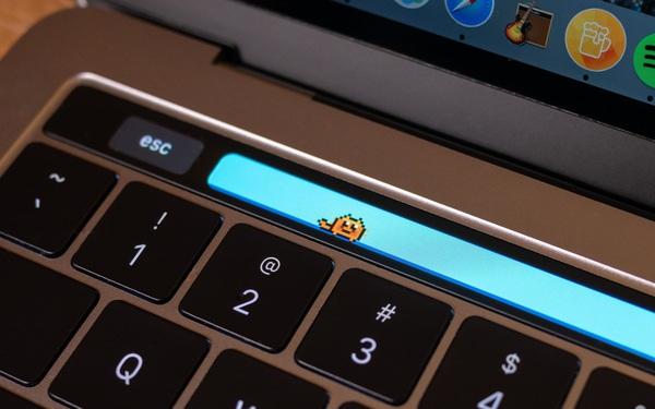 """""""Nuôi thú"""" trên Touch Bar của MacBook Pro, trào lưu mới khiến Gen Z rần rần mấy ngày qua là gì?"""