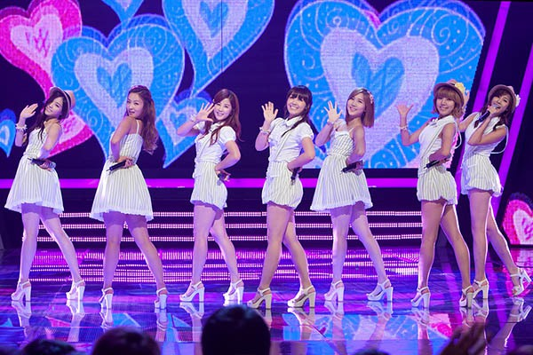 Apink_at_Mnet_'M_Countdown'-16123