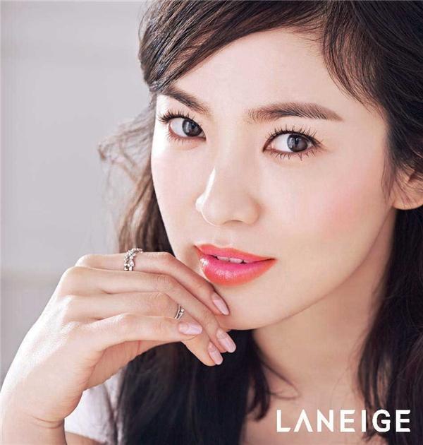 151106-star-songhyekyo-320c3