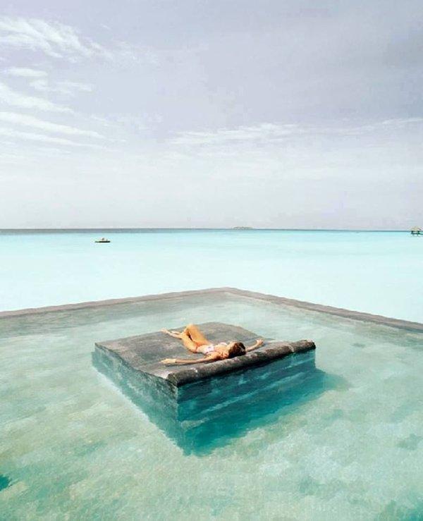 mesmerizing-infinity-swimming-pools4_large-675ec