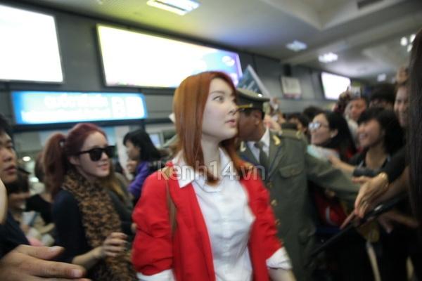 T-Ara rạng rỡ xuất hiện tại Hà Nội giữa vòng vây của fan 8