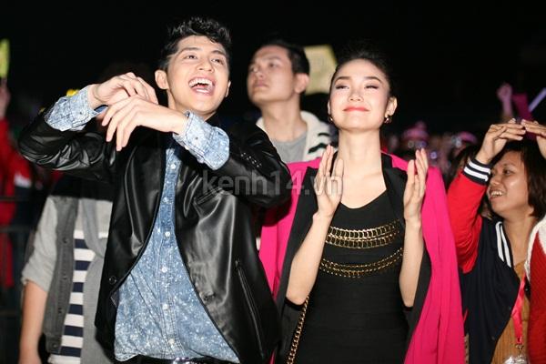 Minh Hằng, Noo phấn khích xem sao Hàn biểu diễn 4