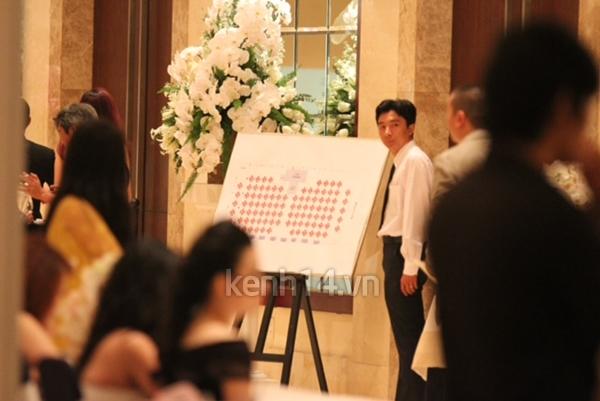 Những hình ảnh hiếm hoi trong tiệc cưới Hà Tăng 27