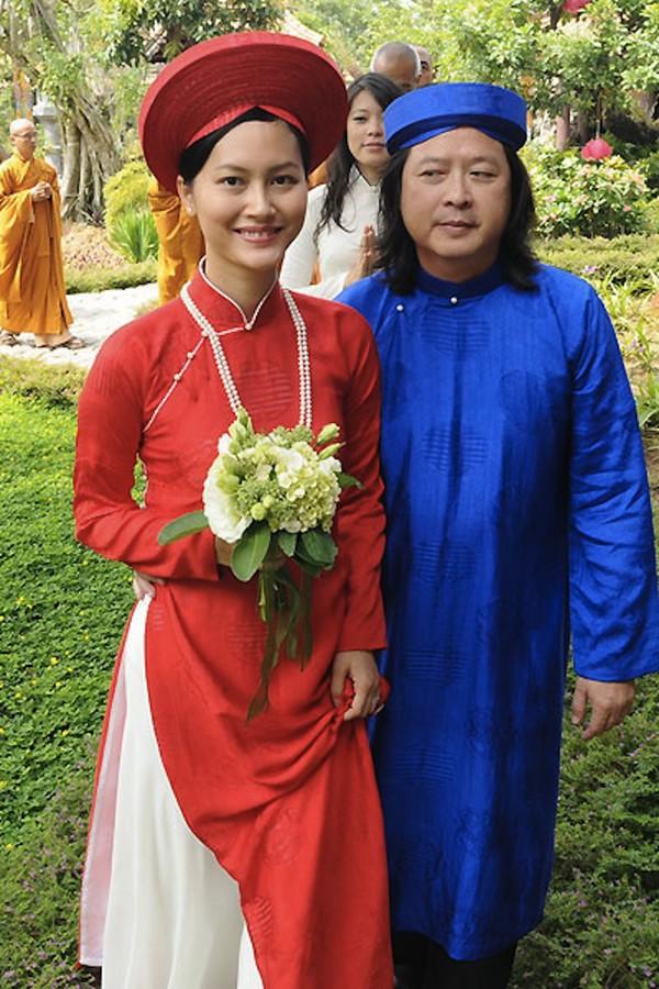 Những cô dâu của showbiz Việt diện áo dài trong ngày cưới hỏi 8