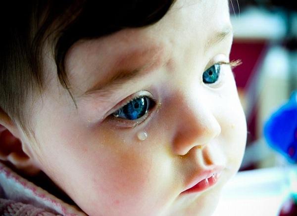Lý giải 3 hiện tượng: đỏ mặt, khóc, mơ mộng 4