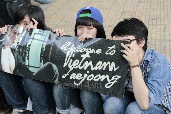 Teen Sài Gòn mặc áo dài nhảy flashmob đón Jae Joong 16