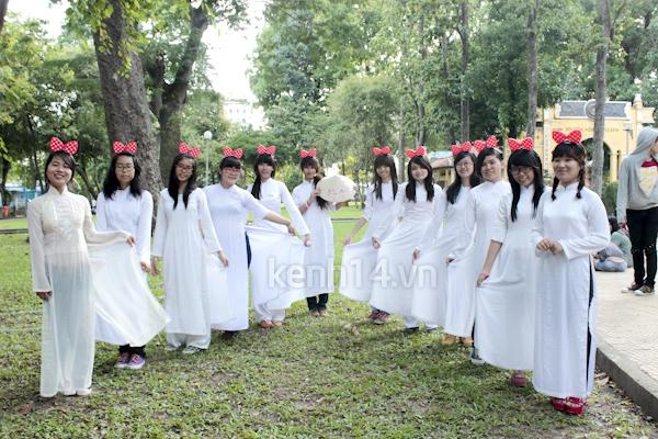 Teen Sài Gòn mặc áo dài nhảy flashmob đón Jae Joong 13