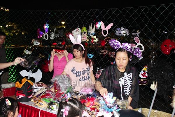 """Teen Sài Gòn """"nóng hừng hực"""" với Halloween 1"""
