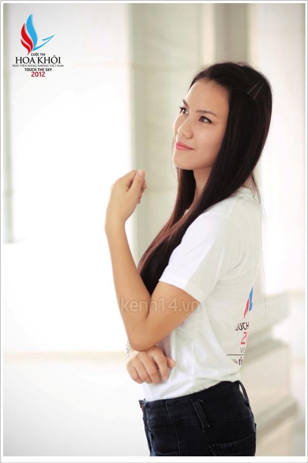 13 nữ sinh xinh xắn của HV Hàng không tranh tài Miss VAA 11