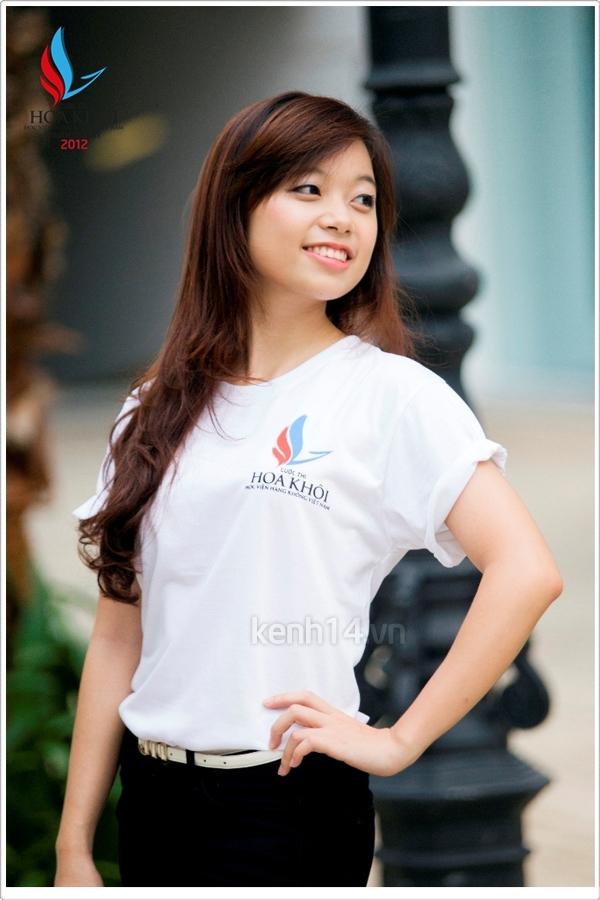 13 nữ sinh xinh xắn của HV Hàng không tranh tài Miss VAA 12