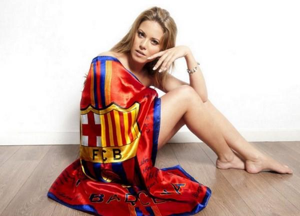 Hoa hậu Tây Ban Nha khỏa thân bên cờ Barcelona 1