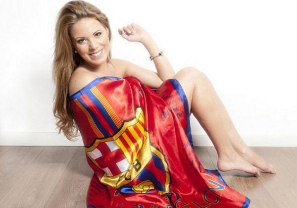 Hoa hậu Tây Ban Nha khỏa thân bên cờ Barcelona 2