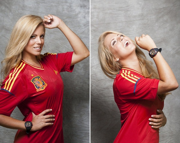 Hoa hậu Tây Ban Nha khỏa thân bên cờ Barcelona 6