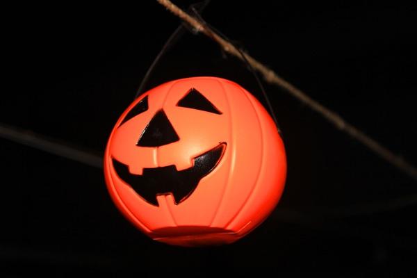 Giới trẻ Hà Nội rộn rã party Halloween 16