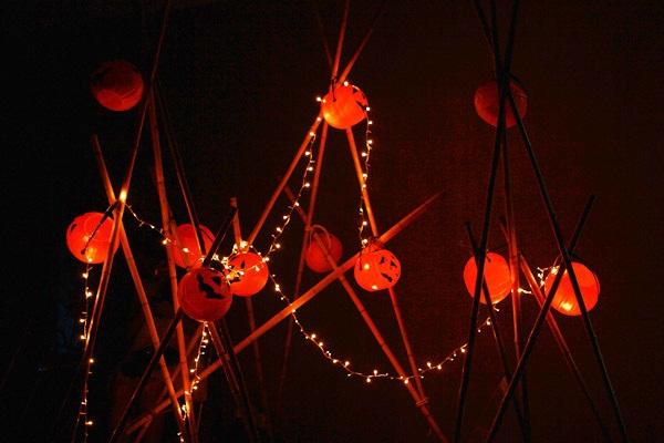 Giới trẻ Hà Nội rộn rã party Halloween 17