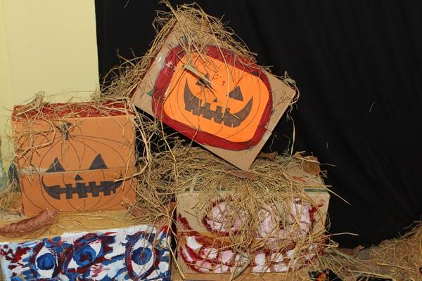 Giới trẻ Hà Nội rộn rã party Halloween 19
