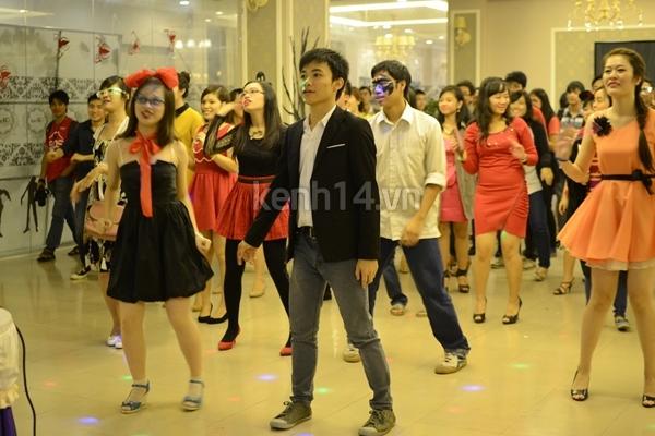 Giới trẻ Hà Nội rộn rã party Halloween 3