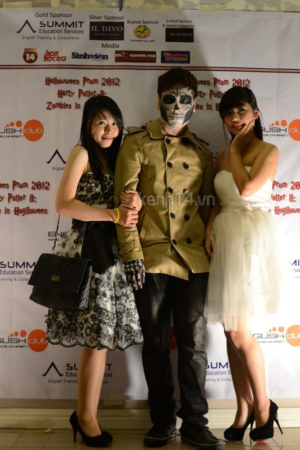 Giới trẻ Hà Nội rộn rã party Halloween 4
