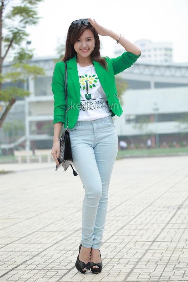 Hot girl Midu tham gia lễ hội trồng cây cùng Amser 1
