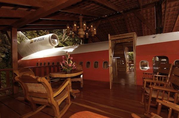 Ảo giác tranh vẽ 3D, biến máy bay thành khách sạn 7