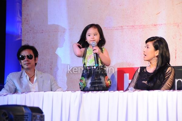 Con gái danh hài Kiều Oanh siêu đáng yêu 3