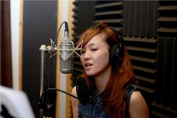 Đào Bá Lộc, Thái Trinh hát mừng Giáng sinh cùng team Hà Hồ 11