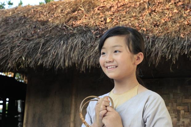 Ngắm vẻ đáng yêu, trong sáng của Cô dâu 10 tuổi Việt Nam - Ảnh 8.