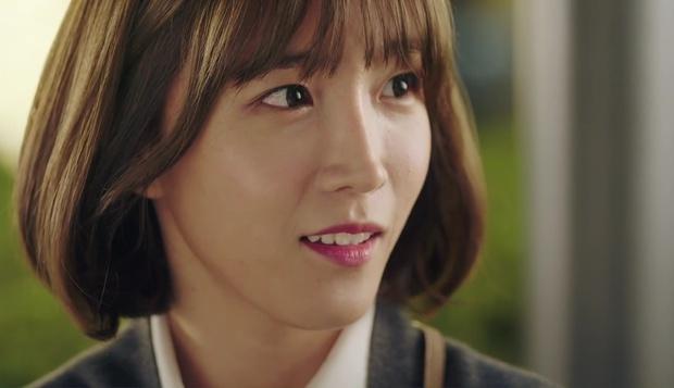 """""""7 First Kisses"""": Soái ca Park Hae Jin bảo vệ cô nhân viên may mắn nhất nước Hàn khỏi tên biến thái - Ảnh 13."""