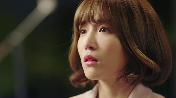 """""""7 First Kisses"""": Kai (EXO) gây sốc khi công khai hẹn hò và khóa môi cô giáo - Ảnh 16."""